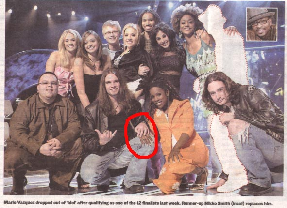 2005 American Idol contestants, Bo Bice's hand on top of Vonzell Solomon's hand