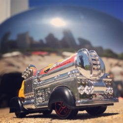 "Chicago Bean and Hot Wheels ""Fast Gassin"""