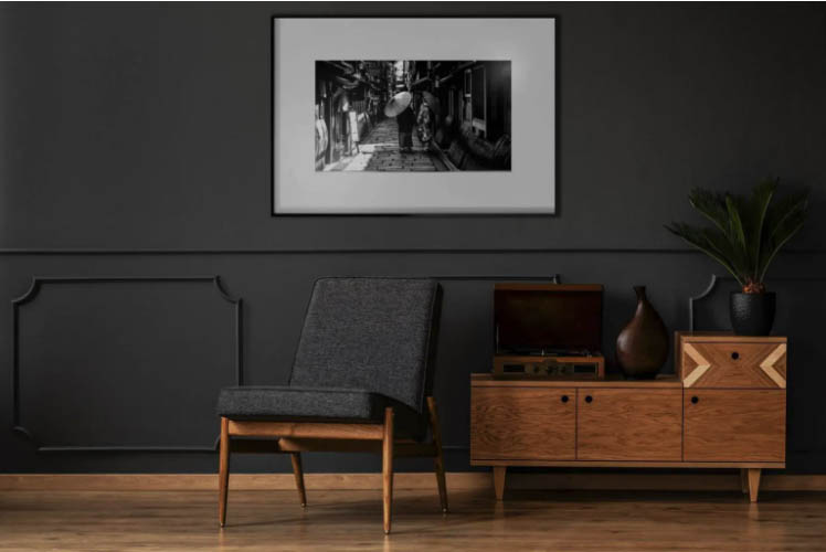IONNYK is the first wireless e-paper digital art frame in the world